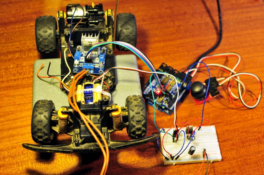 Controlling an old rc car with Arduino