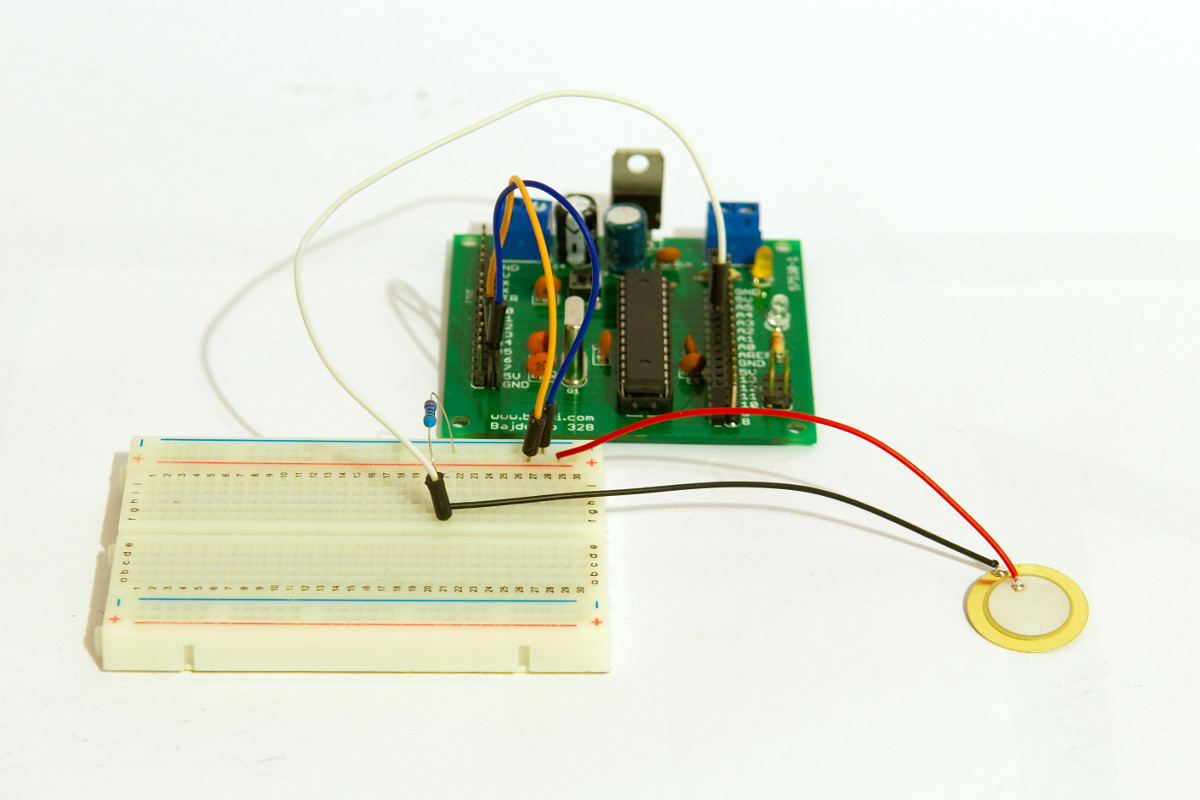 Force sensor: piezo element