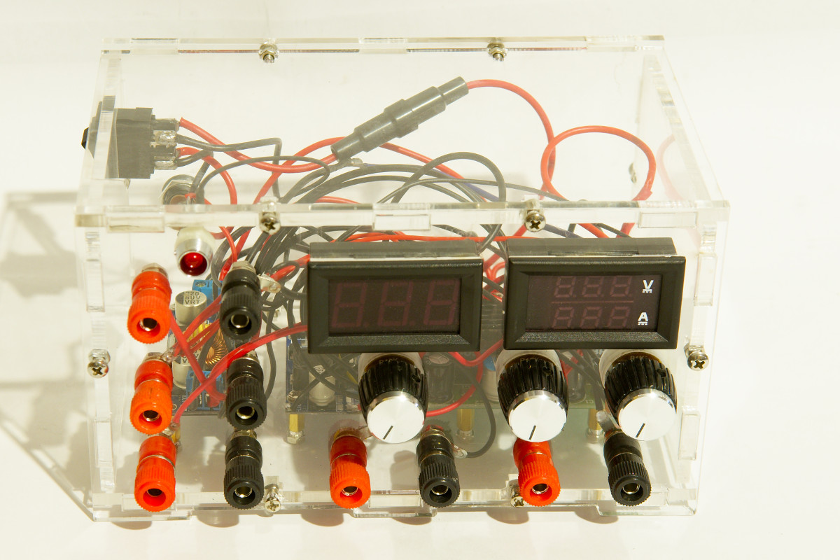 Simple DIY lab power supply | Bajdi.com